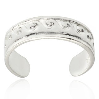 Journee Collection Sterling Silver Adjustable Wave Toe Ring