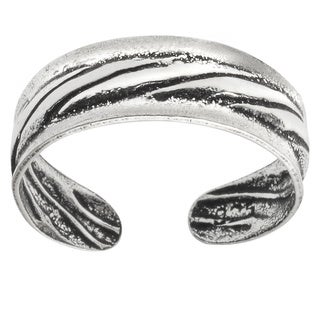 Journee Collection Sterling Silver Oxidized Toe Ring