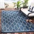 Safavieh Indoor/ Outdoor Moroccan Courtyard Navy/ Beige Rug (5'3 x 7'7)