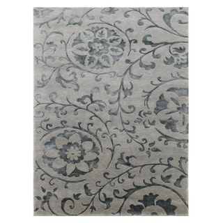 Hand-knotted Blue/ Grey Floral Wool/ Silk Rug (5'6 x 8'6)