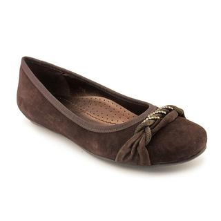 Vaneli Women's 'Sheina' Regular Suede Casual Shoes