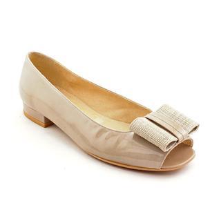 Stuart Weitzman Women's 'Bowella' Patent Leather Dress Shoes