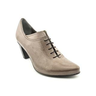 Fidji Women's 'G462' Leather Casual Shoes