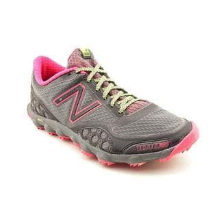 New Balance Women's 'WT1010' Mesh Athletic Shoe (Size 6.5 )