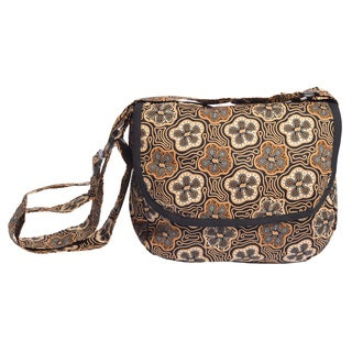 Handmade Boho Chic Flower Power Shoulder Bag (Indonesia)
