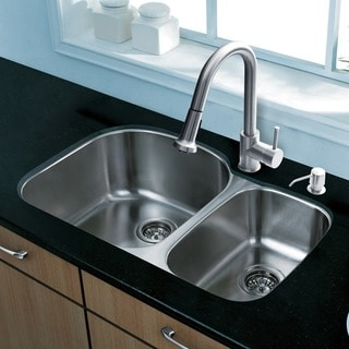 Vigo All-in-one 31-inch Stainless Steel Kitchen Sink and Faucet Set