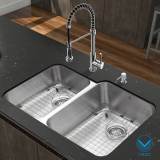Vigo 32-inch Undermount Stainless Steel Kitchen Sink and Chrome Faucet Set