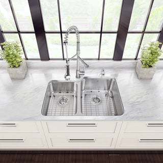 Vigo All in One 32-inch Undermount Steel Kitchen Sink and Faucet Set