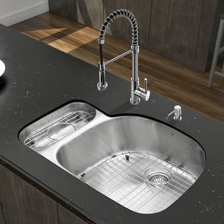 Vigo 32-inch Undermount Stainless Steel Kitchen Sink and Chrome Faucet with Accessories