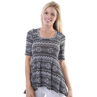 24/7 Comfort Apparel Women's Black and White Aztec Print High-low Elbow Sleeve Tunic