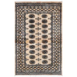 Pakistani Hand-knotted Bokhara Beige/ Ivory Wool Rug (4' x 6'3)