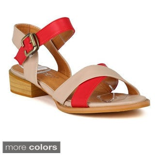 Bumper Women's 'Rome-02' Two-tone Criss Cross Buckled Sandals