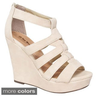 Top Moda Women's 'Lindy-50' Strappy Wedge Sandals