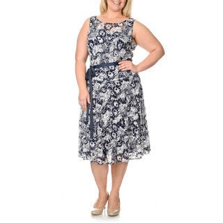S.L. Fashions Women's Plus Navy/ White Printed Lace Dress