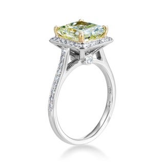 Platinum and 18k Yellow Gold 3 2/5ct TDW Certified Natural Fancy Green-Yellow Diamond Ring (F-G, SI1-SI2)