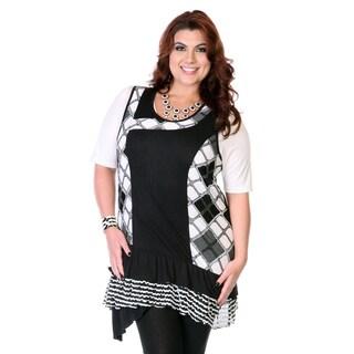 Women's Plus Black and White Argyle Mixed Print Top