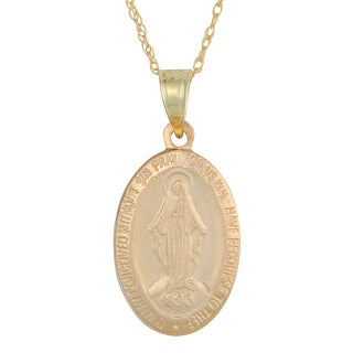 Fremada 14k Yellow Gold Oval Blessed Mary Medal Pendant with Delicate Rope Chain Necklace (18 inch)