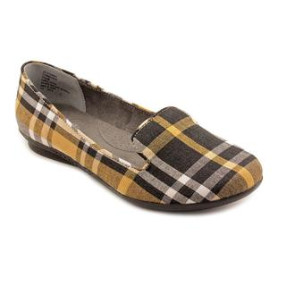 White Mountain Women's 'Howl' Basic Textile Casual Shoes (Size 7.5 )