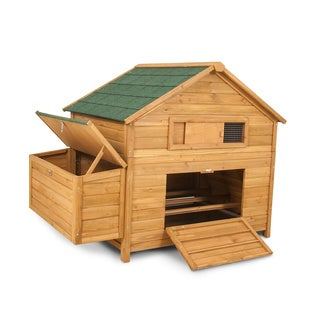 Aspen Pet Chicken Fort Chicken Coop