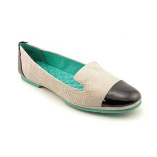 Boutique 9 Women's 'Didi' Leather Casual Shoes