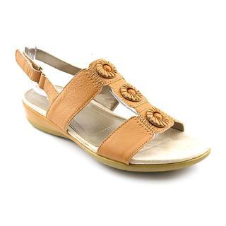 Easy Spirit Women's 'Heartbeat' Leather Sandals (Size 6.5 )