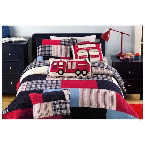 Thomas Firetruck Patchwork 3-piece Quilt Set