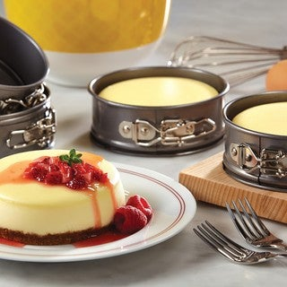 Cake Boss Novelty Bakeware 4-piece Grey Nonstick Mini Springform Pan Set