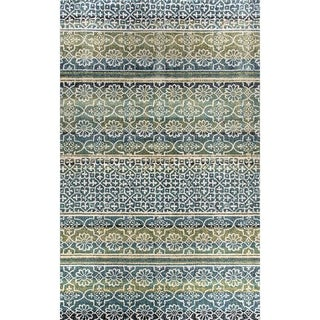 Eternity Striped Moroccan Rug (6.7' x 9.6')