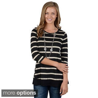 Hailey Jeans Co. Junior's Back Button Three-quarter Sleeve Top