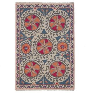 Hand-woven Indo Suzani Coral/ Red Wool Rug (4' x 6')