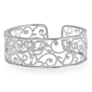 Sterling Silver 1/5ct TDW White Diamond Textured Cuff Bracelet