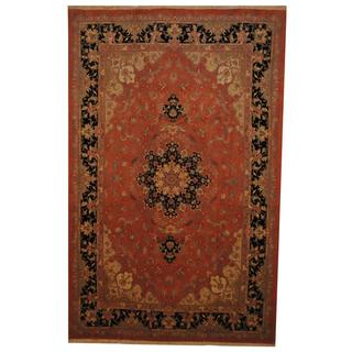 Persian Hand-knotted Tabriz Peach/ Black Wool and Silk Rug (6'6 x 10'1)