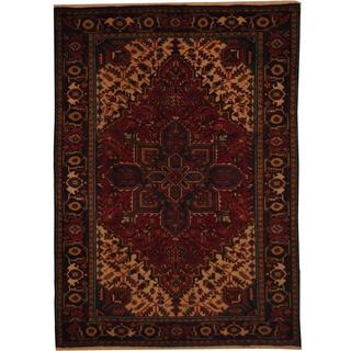 Antique 1960's Persian Hand-knotted Heriz Red/ Navy Wool Rug (6'7 x 9'2)