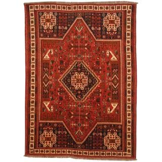 Persian Hand-knotted Shiraz Red/ Ivory Wool Rug (6'6 x 8'11)