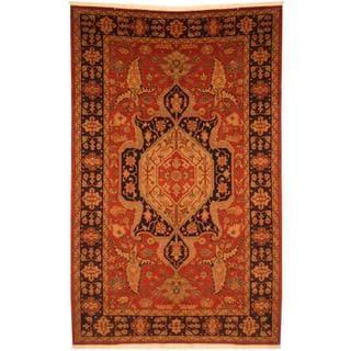 Persian Hand-knotted Heriz Serapi Red/ Navy Wool Rug (6'8 x 10'5)