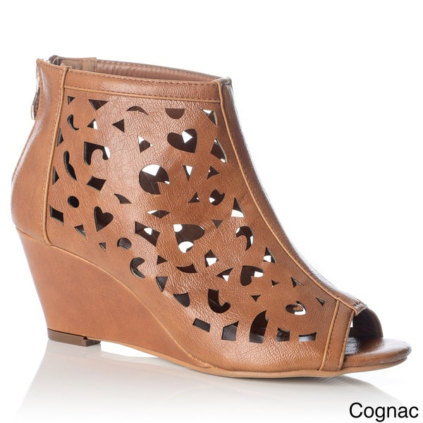 NY VIP Women's Laser-cut Wedge Sandals