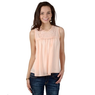 Hailey Jeans Co. Junior's Sleeveless Lace Collar Top