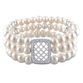 Miadora Sterling Silver Cultured Freshwater Pearl and Cubic Zirconia Bracelet (6-7 mm)