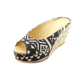 CL By Laundry Women's 'Daisie' Linen Sandals