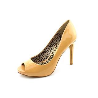 Jessica Simpson Women's 'Saras' Patent Dress Shoes (Size 8 )