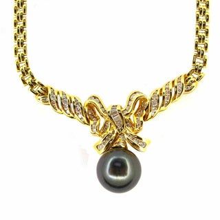 Kabella Luxe 18k Gold 1/6ct TDW Vintage Antique Era Diamond Tahitian Pearl Necklace (14-15 mm) (I-J, I1-I2)