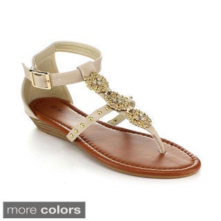 Top Moda Women's 'Brook-40' Medallion-applique T-strap Sandals