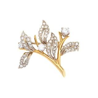 Tiffany & Co.18k Yellow Gold 1 1/10ct TDW Estate Leaf Pin (H-I, VS1-VS2)