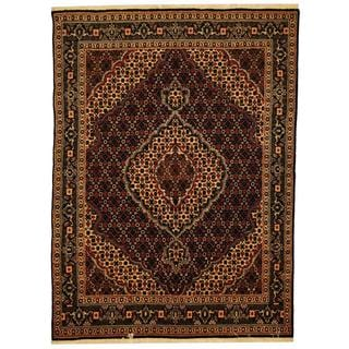 Herat Oriental Persian Hand-knotted Tabriz Black/ Ivory Wool and Silk Rug (4'9 x 6'7)