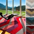 Hand-tufted Chevron Geometric Contemporary Area Rug (5' x 8')