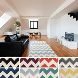 Hand-tufted Schroeder Chevron Wool Area Rug (4' x 6')