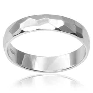 Journee Collection Sterling Silver Hammered Finish Band (4MM)