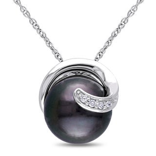 Miadora 10k White Gold Tahitian Pearl and Diamond Accent Swirl Necklace (9-9.5 mm)