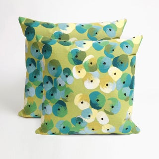Flower Bed 20-inch Throw Pillow (Set of 2)