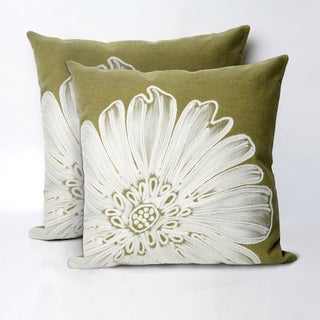 Embossed Flower 20-inch Throw Pillow (Set of 2)